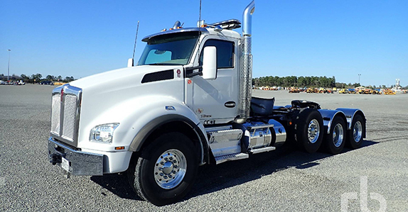 2018 Kenworth T880 heavy haul truck sold at Ritchie Bros. auction