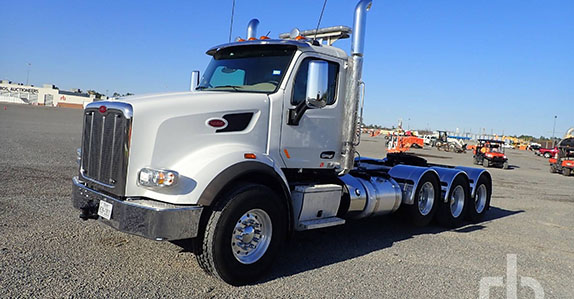 2018 Peterbilt 567 heavy haul truck sold at Ritchie Bros. auction