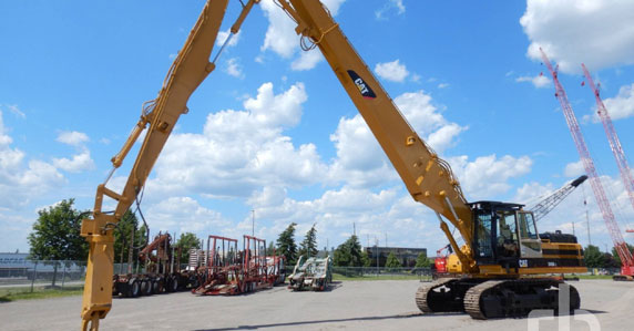 2001 Cat 345BL high reach demolition excavator sold by Ritchie Bros. Auctioneers