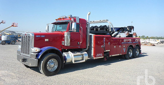 2013 Peterbilt 388 tow truck sold at Ritchie Bros. auction